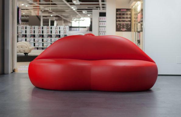 labios-sofa-01